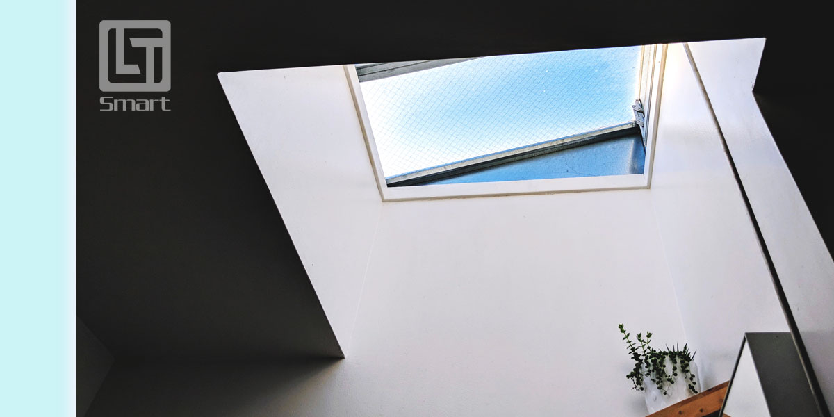 The Flat Glass Skylight offers a seamless blend of modern aesthetics, high quality daylighting and exceptional energy efficiency. The system is available in both fixed and ventable versions and can be remotely opened and closed. Its thermally separated border frame is designed to easily integrate with existing dome skylight bases, simplifying retrofit applications.
